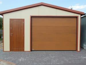 garaż blaszany z oddzielnymi drzwiami