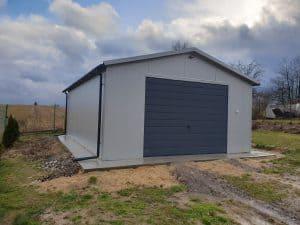 duży garaż blaszany
